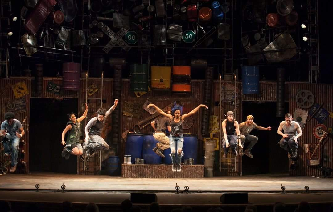 Stomp: Hands & Feet