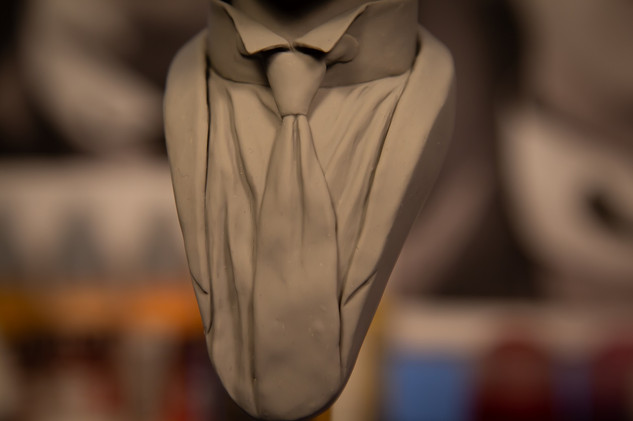 Buster Keaon bust - detail
