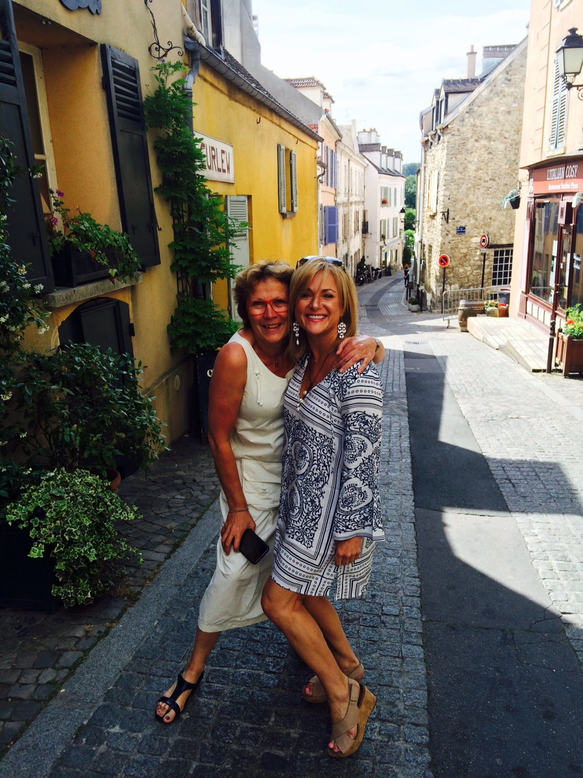 Clients in France with A&K