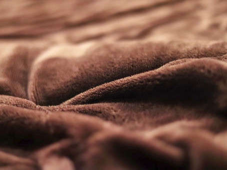How to Choose a Weighted Blanket – What You Need to Know
