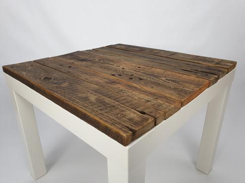 Tisch Lacky