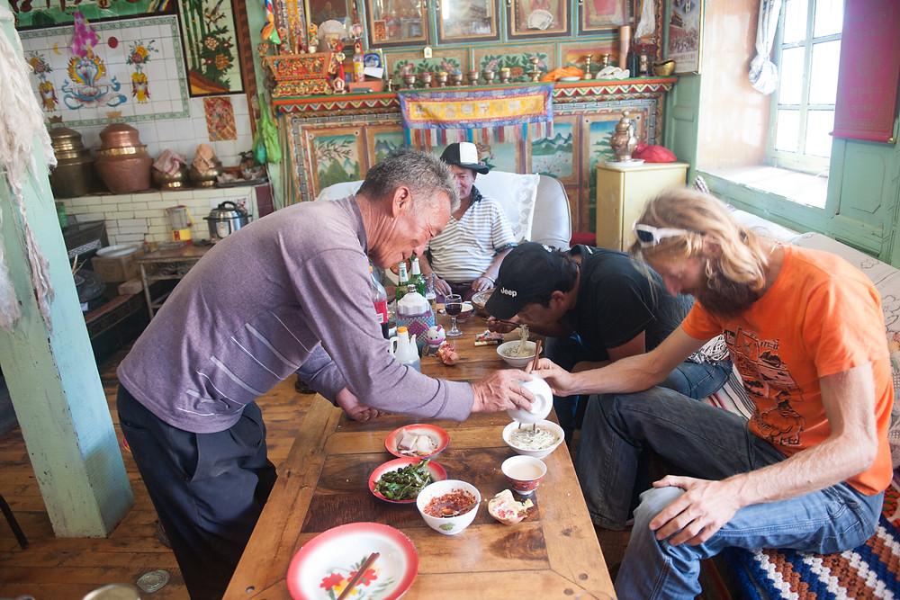 Noodle soup, Tibetan style