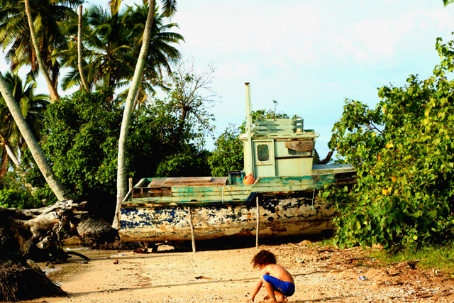 Beached boat Ha'apai