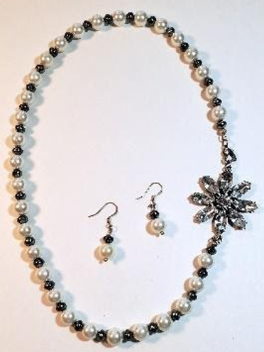"""22"""" white glass pearls and small gray pearls"""