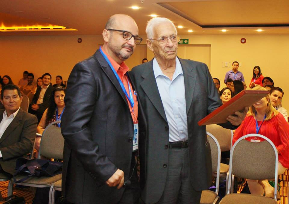 Dr. Ramón Jiménez Cooper