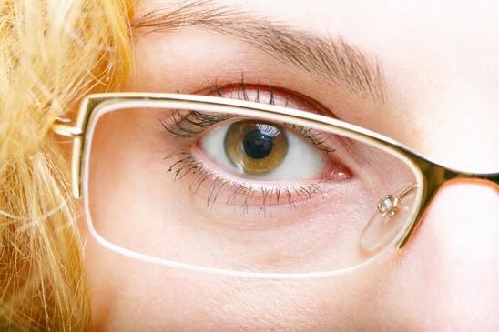 La presbicia o presbiopía: una condición que no debes perder de vista