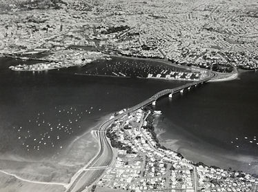 Auckland Harbour Bridge (26 Jul 1972)