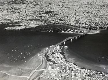 Auckland Harbour Bridge (26 Jul 1972)