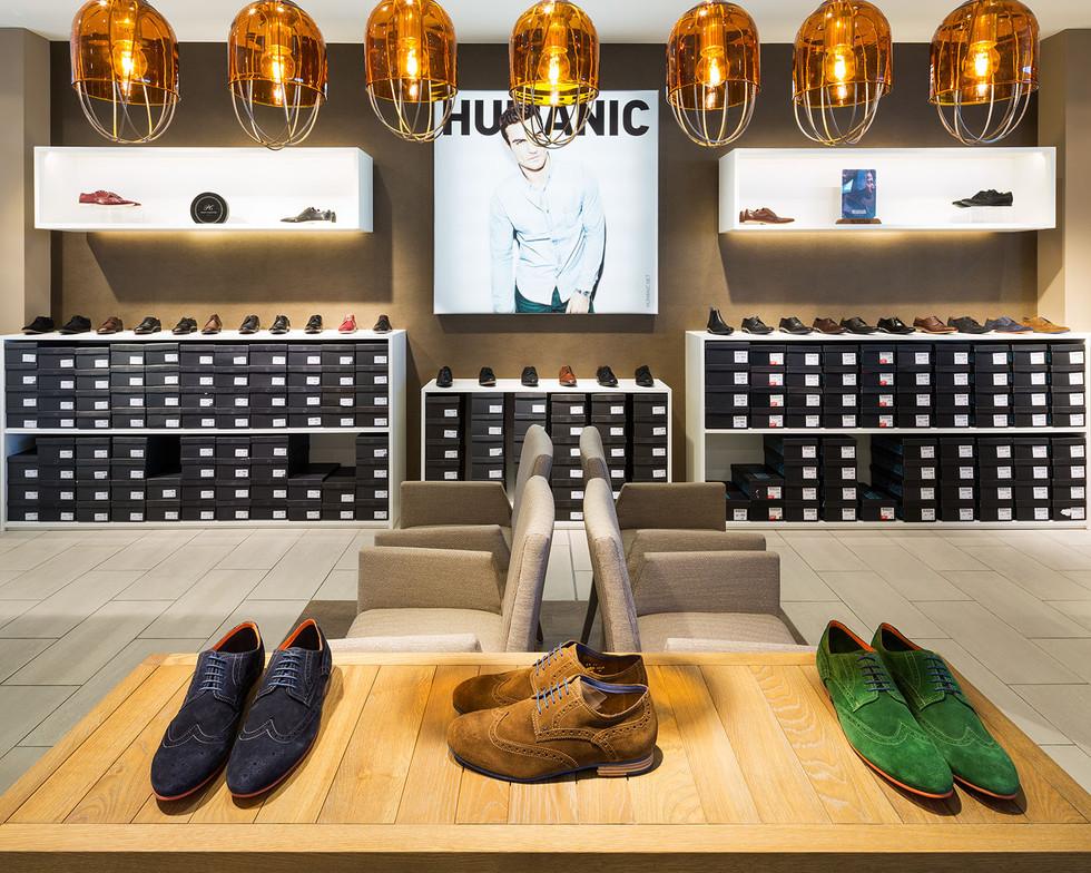 Architekturfotografie |  Humanic Store für Leder & Schuh AG