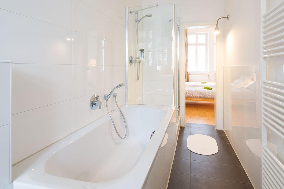 Architekturfotografie | Badezimmer Altbau Hamburg