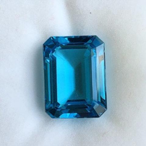 14.92ct Swiss Blue Topaz