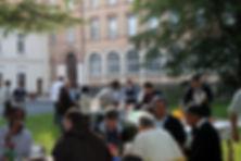 Rencontrre de l'internoviciat dans le parc du centre d'accueil