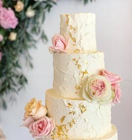 🌟💕 ._._._._._._#thehayatibakery #cake