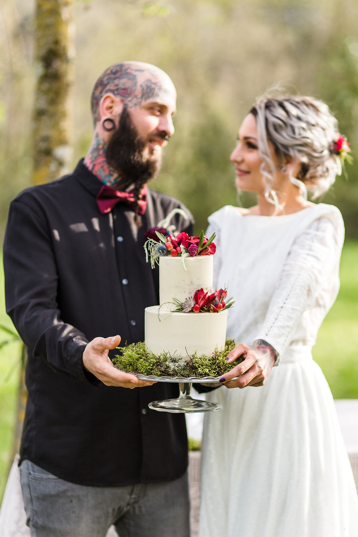 Tarta de boda, pastel de boda rústico, naced