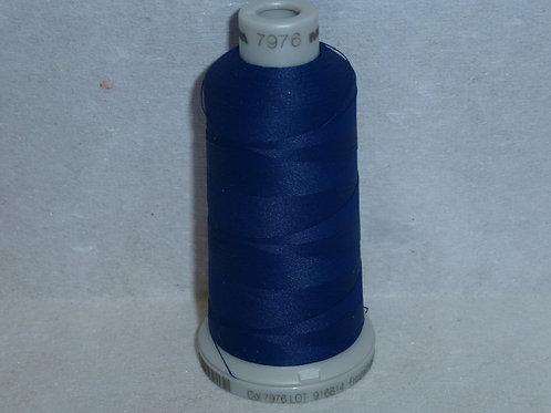 7976 dunkelblau Frosted Matt Stickgarn für die Stickmaschine von Madeira