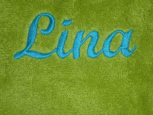 Handtuch VOSSEN grün mit Namen bestickt