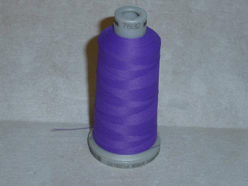 7832 lila Frosted Matt Stickgarn für die Stickmaschine von Madeira
