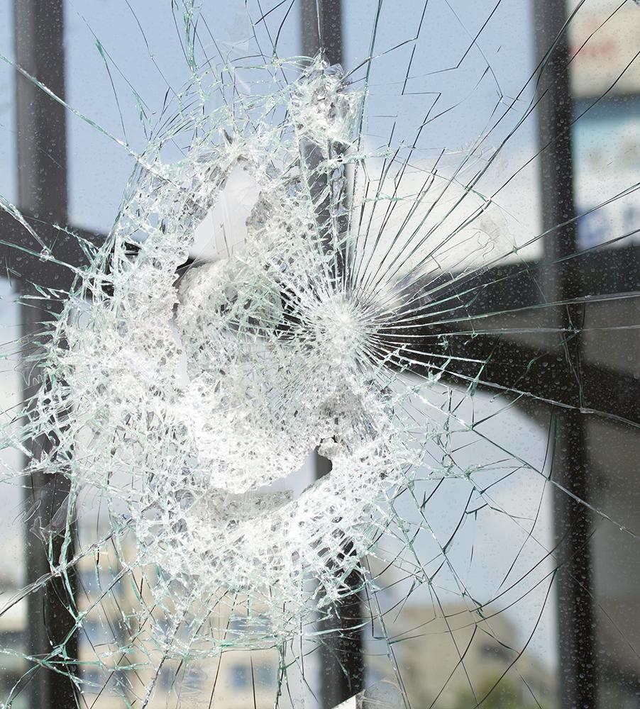 brokenglass-bg (2)