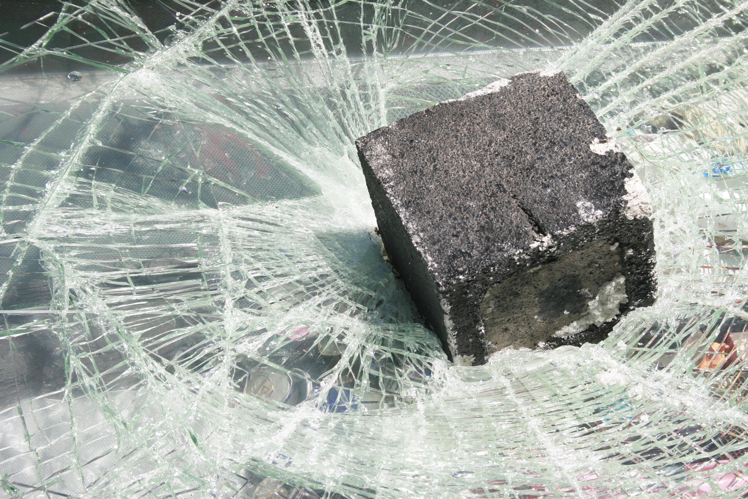 glass-brick-ad-kit-int