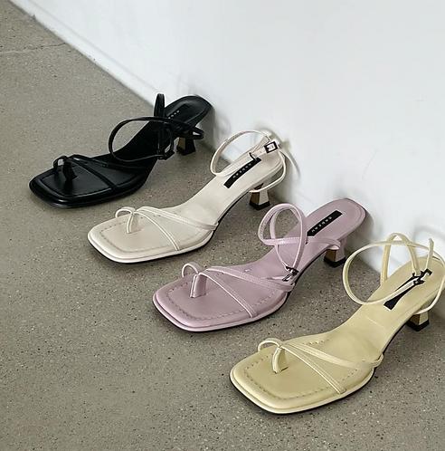 S3016 [4色] 幼高跟涼鞋