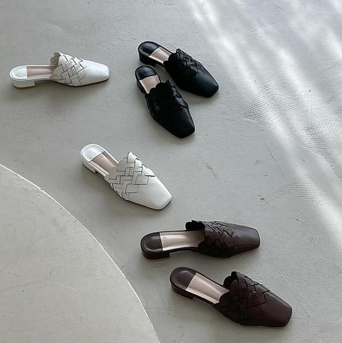S3018 [3色] 編織圖案PU平底拖鞋