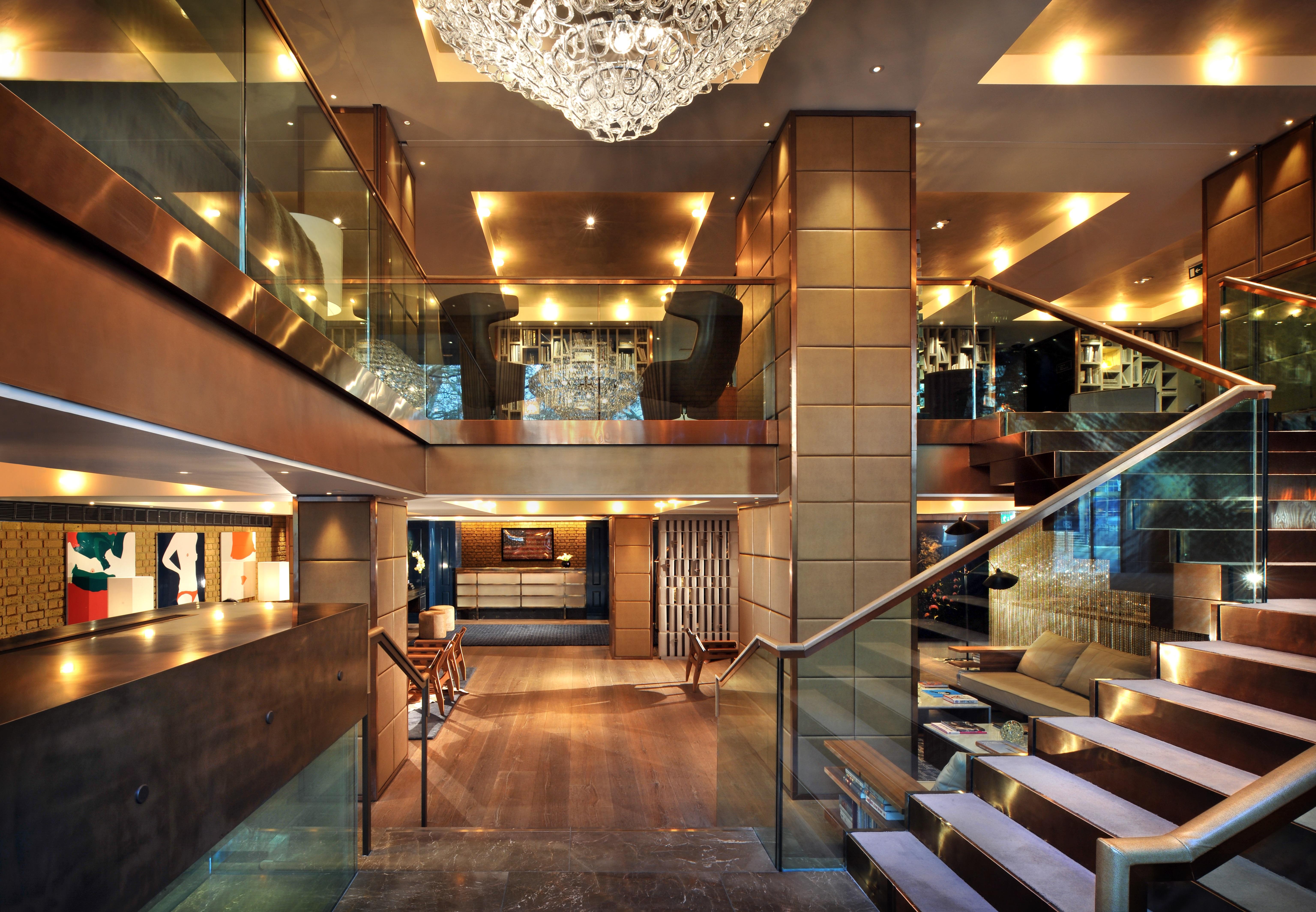Belgraves Hotel Lobby