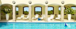 berkeley-luxury-hotel-london-spa-pool-hub.jpg