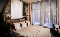 Baglioni_Hotel_London_Deluxe_Room-2-720x450