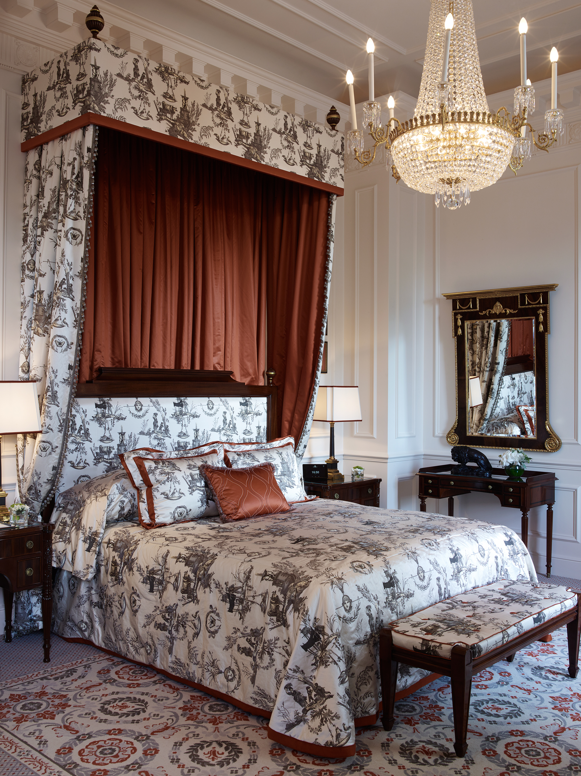The Royal Suites Bedroom