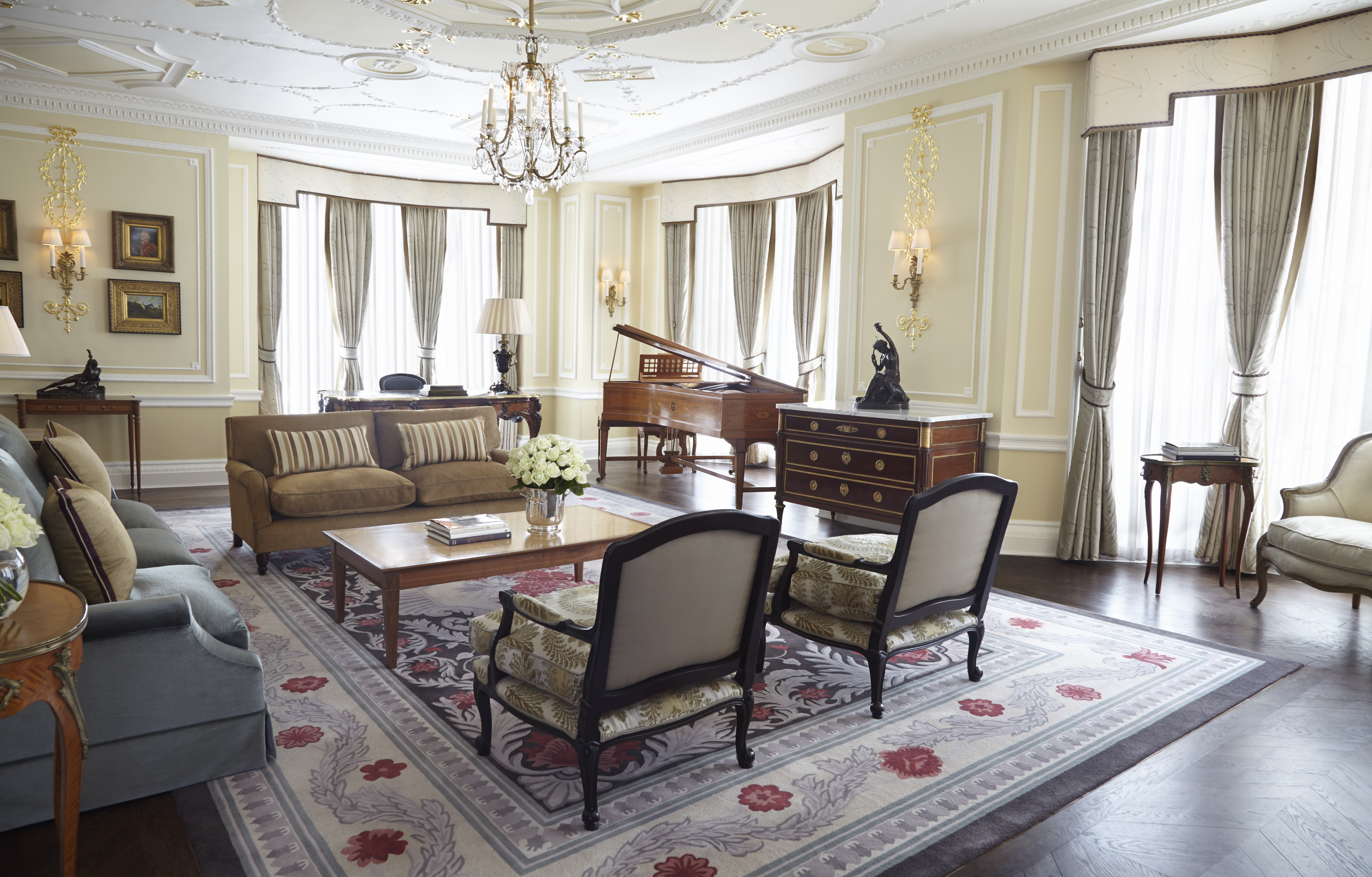 Claridges Royal Suite Lounge