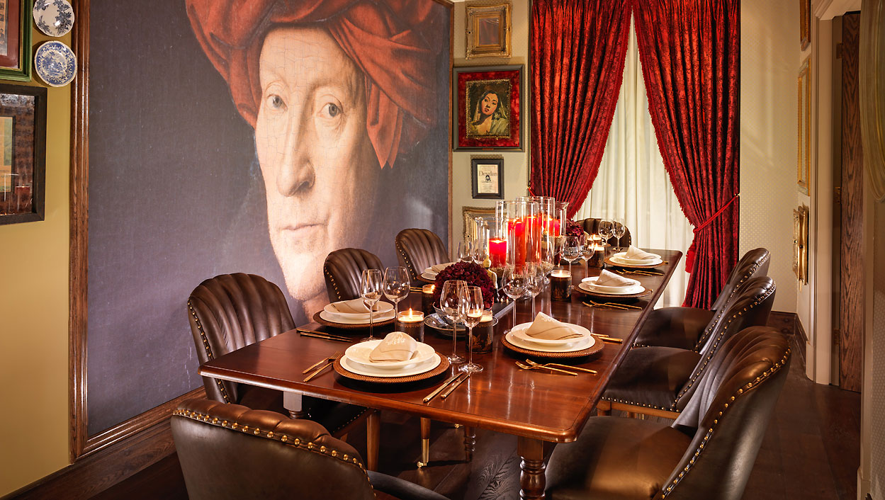 Taj51_Cinema_Suite_Dining_Room_55541197_l