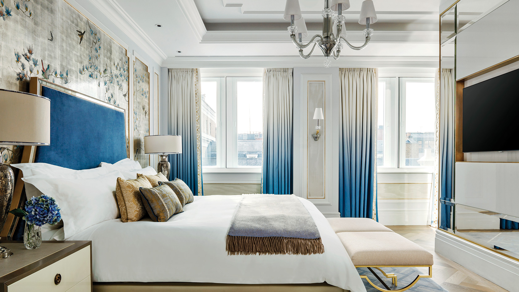 The Langham's Sterling Suite Bedroom