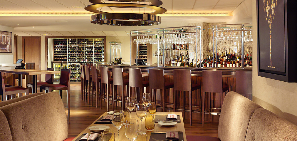 Bar Boulud - Restaurant and Bar