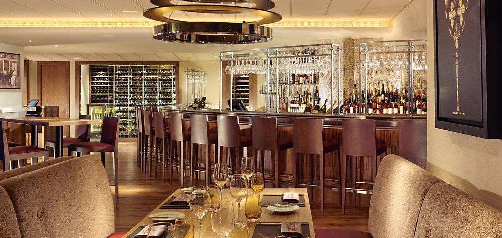 Bar Boulud - Restaurant and Bar