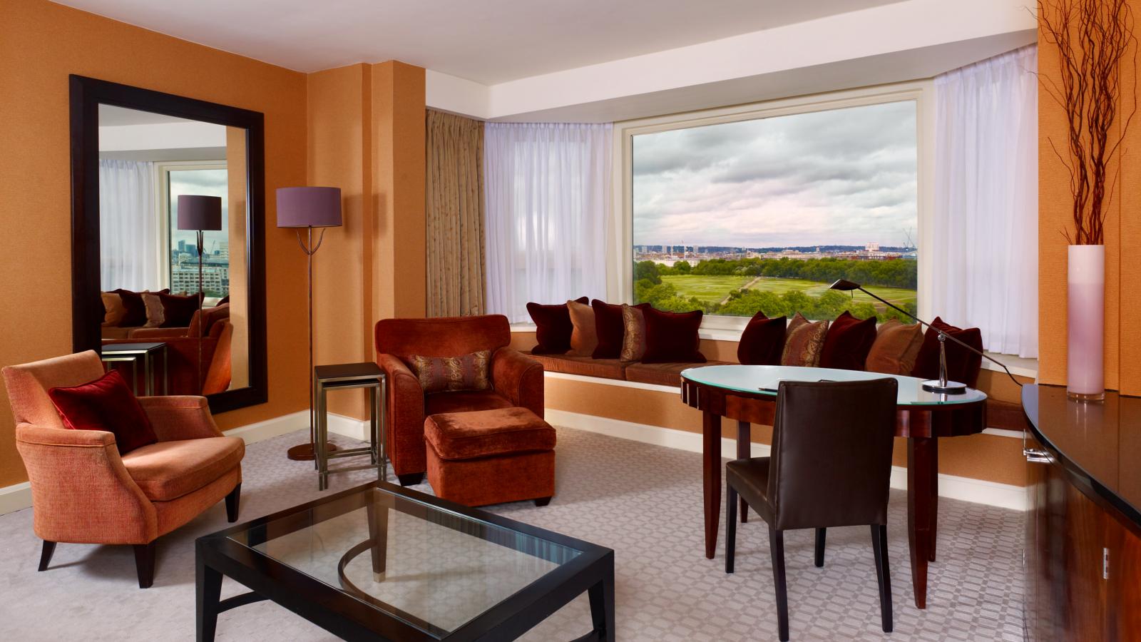 Panoramic Suites | 62-93sqm