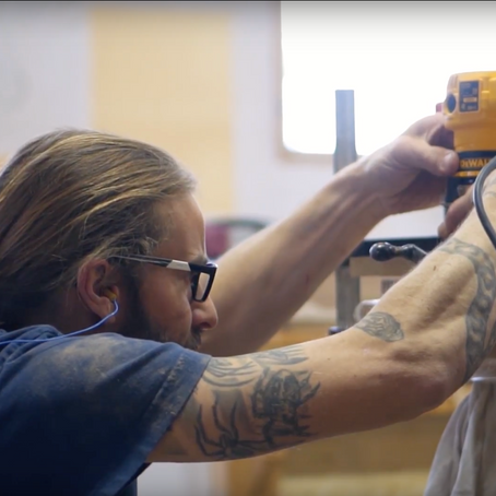 """L'atelier et les artisans ébénistes d'Interversion - Production vidéo """"behind the scenes"""""""
