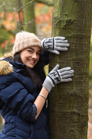 Grey 100% alpaca fibre hand knitted gloves