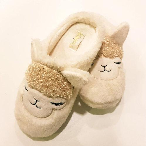 Alpaca design slippers