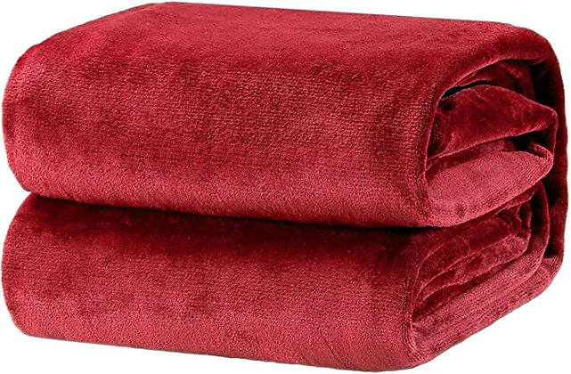 Bedsure Fleece Blanket Throw Size Burgundy Lightweight Super Soft Cozy Blanket