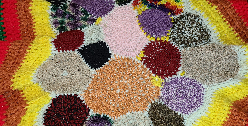 Mixed Chilli Circle of Love Blanket