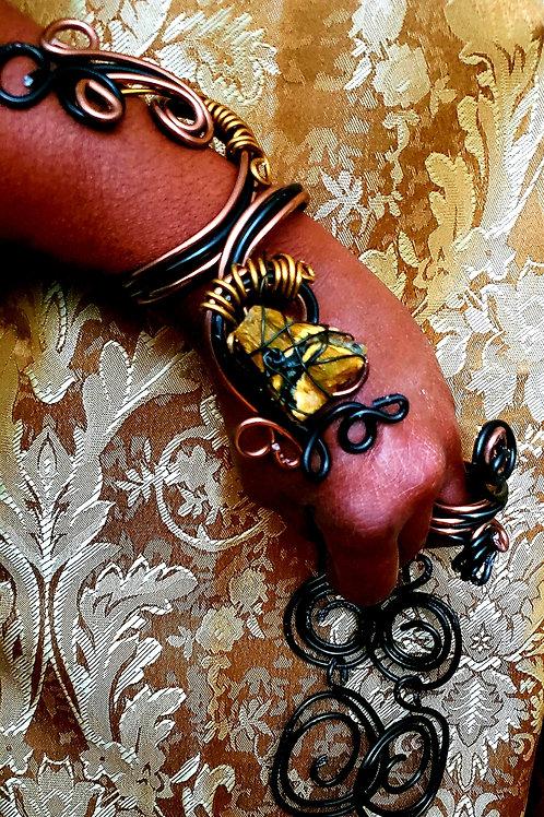 Black & Gold Branch Bracelet Set