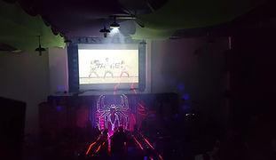 Balada com vídeo clip em Buffet Vila Feliz