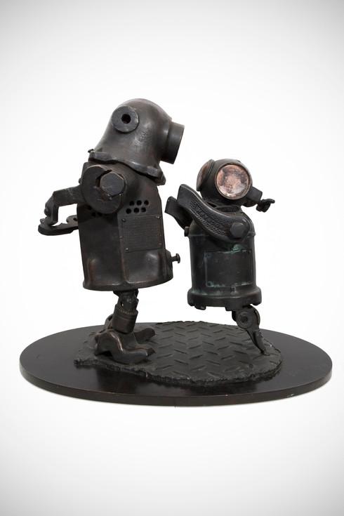 joe-rush-divers-1-dark-base.jpg
