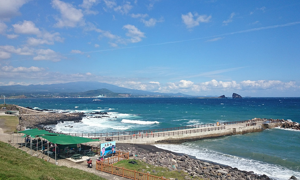 tour guide jeju island We provide a private daily tour in jeju island which includes a private vehicle, english speaking tour guide, pick up & drop off service at your place.