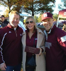"Vicki Gunvalson Honored with Tupelo ""Key To The City"""