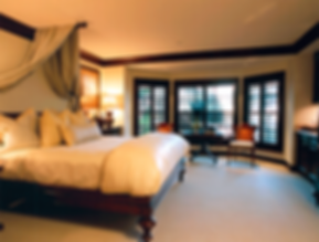 Brazilian-Court-Hotel---King-Room---Palm