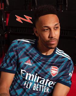 arsenal-2021-22-adidas-third-kit-1