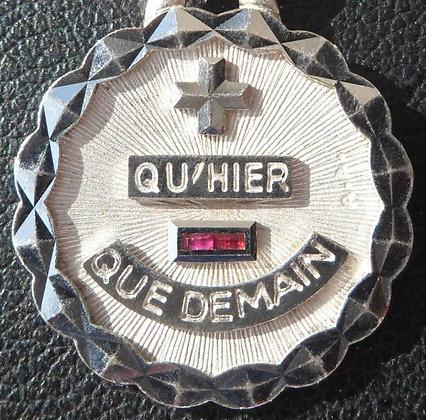 RARE VINTAGE FRENCH '+ QU'HIER - QUE DEMAIN ' 80'S CHARM PENDANT SIGNED AUGIS
