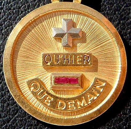 VINTAGE '+ QU'HIER - QUE DEMAIN ' THE 70'S CHARM PENDANT SIGNED A.AUGIS