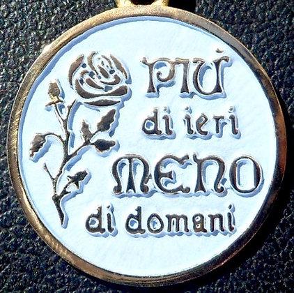 VINTAGE FRENCH ' PUI DI IERI MENO DI DOMANI ' THE 80'S CHARM PENDANT.